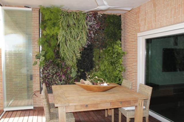 Jard n vertical leaf box en alicante alicante forestal for Jardines verticales alicante