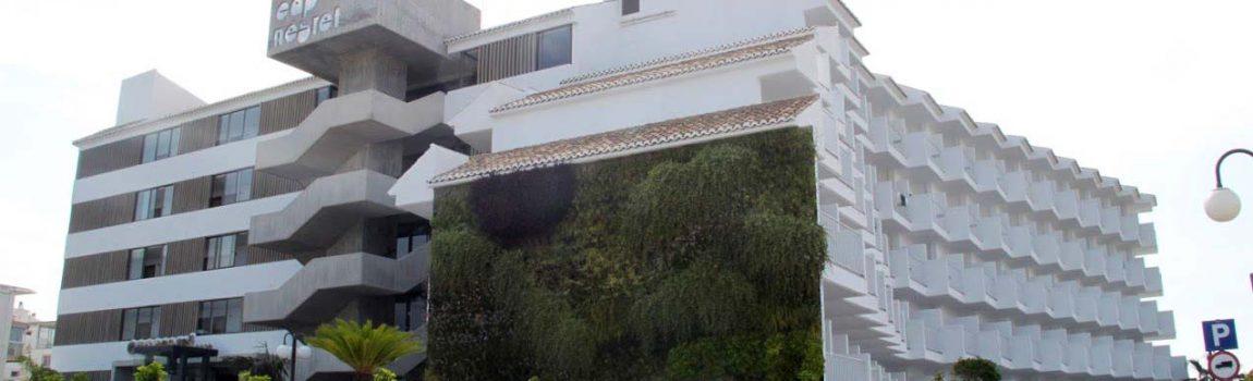 Jardín vertical en Cap Negret Altea, Alicante